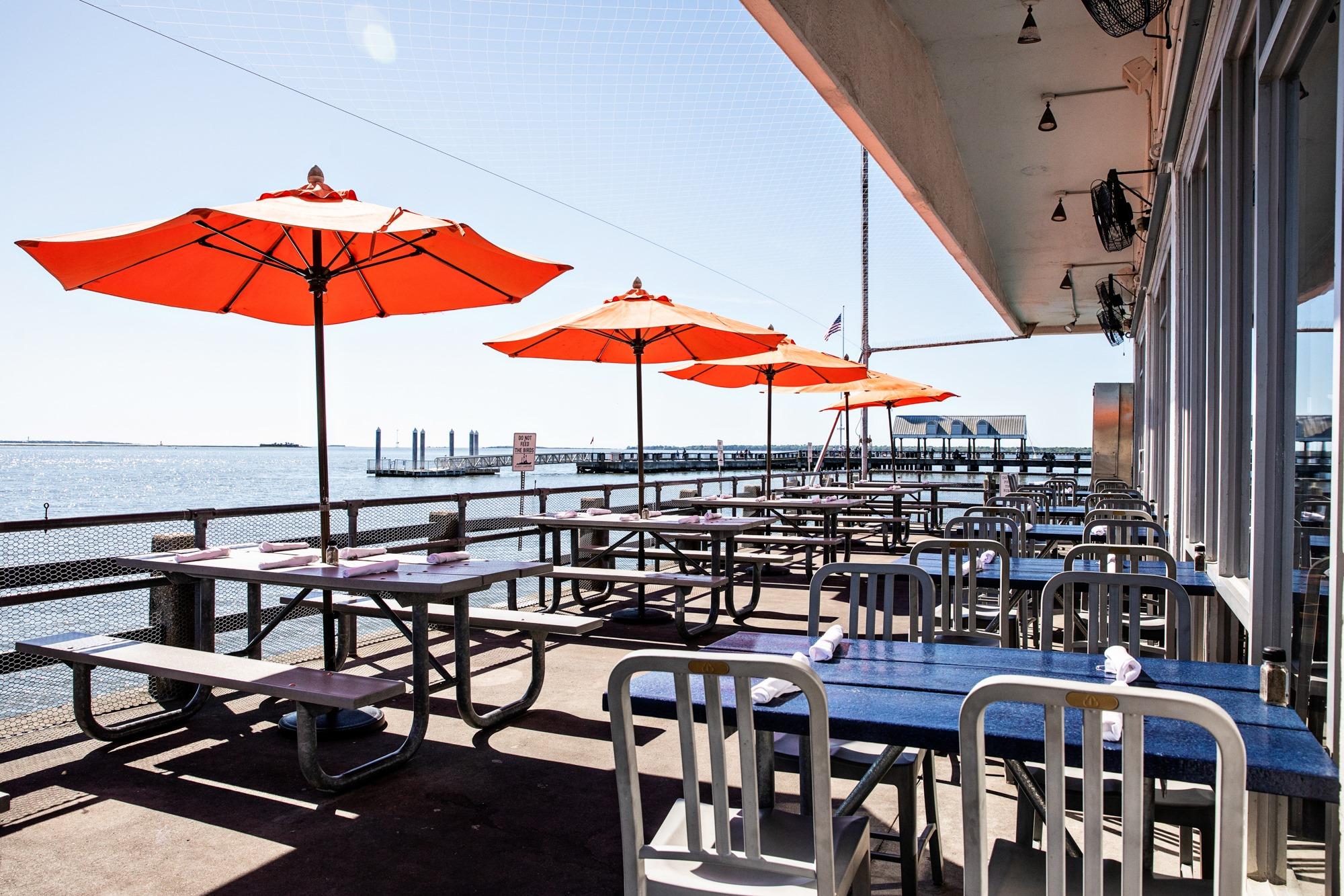 Fleet Landing Restaurant & Bar